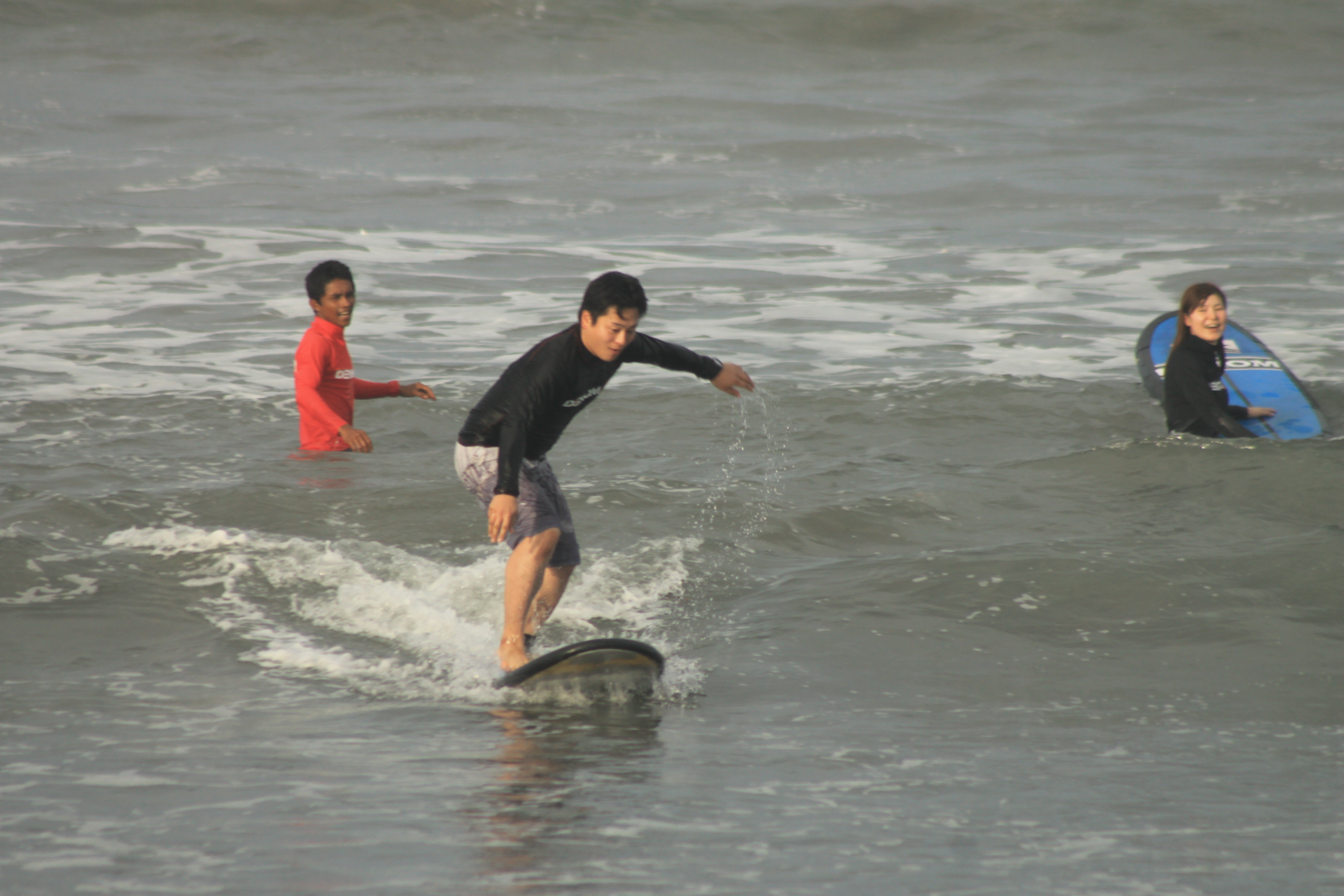 Surf Lessons Bali - Learn How To Ride Waves From The Pro ...